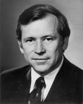 Howard H. Baker Jr. (R-TN)