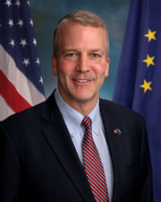 Photo of Senator Daniel Sullivan